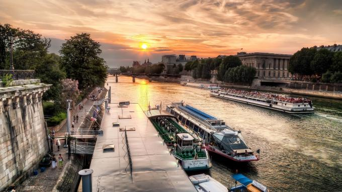 Take a cruise on the Seine and see Paris from the water